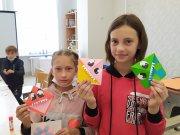 Педагоги Детско-юношеского центра продолжают организовывать и проводить занимательные мастер-классы для ребят из ОУ
